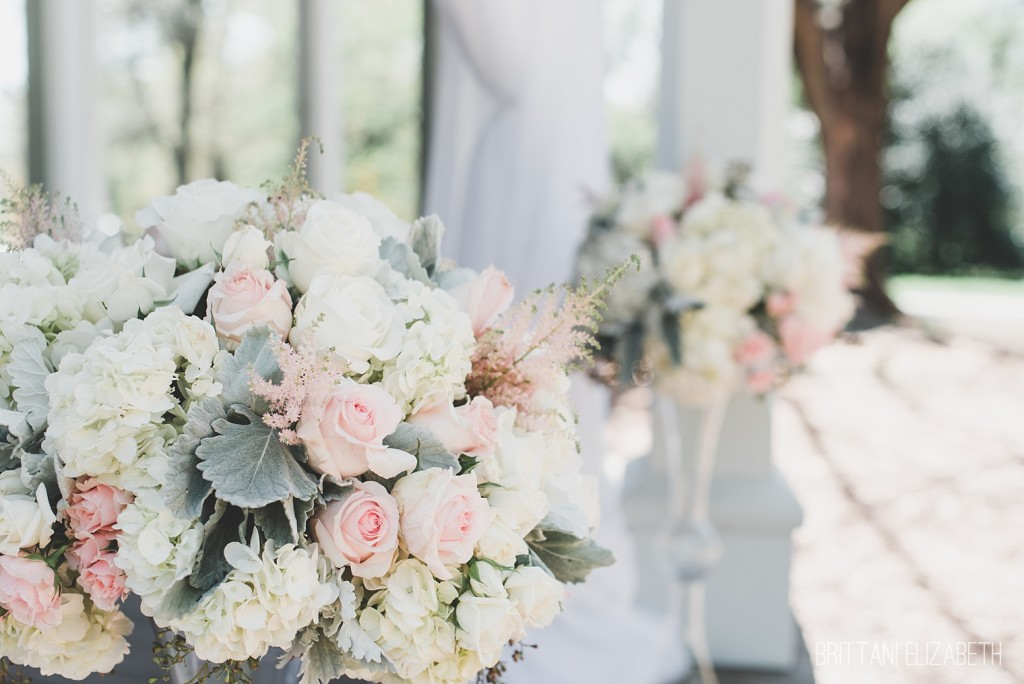 Natural Pink & White Wedding Inspiration